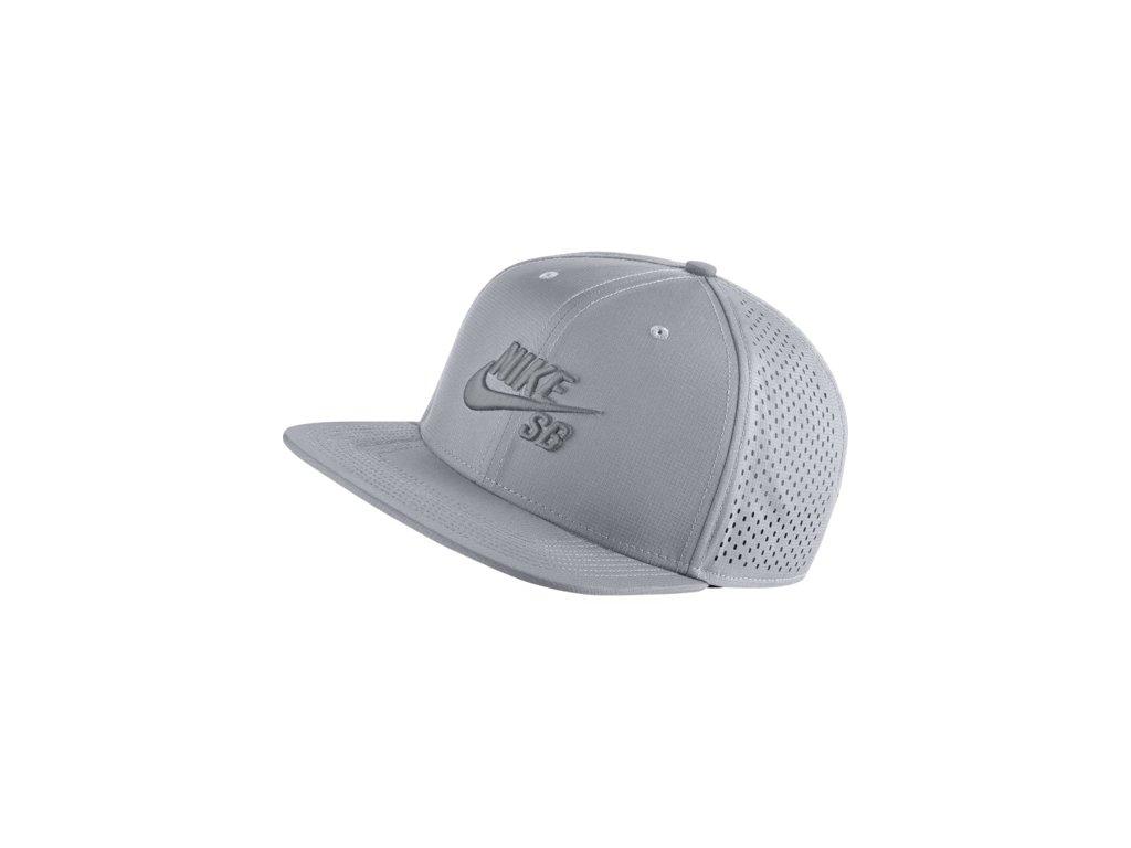 Kšiltovka Nike SB HAT Wolf Grey Cool Grey - Tornadoshop.cz da13fe83ad